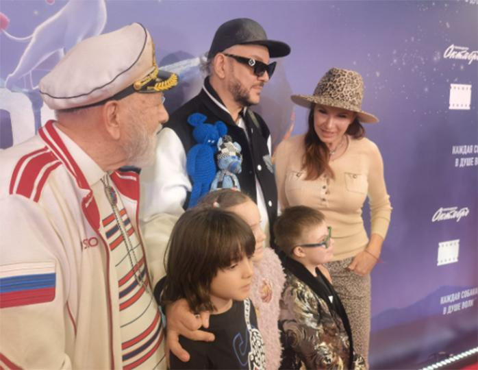 Philip Kirkorov with children and father and Evelina Bledans with her son
